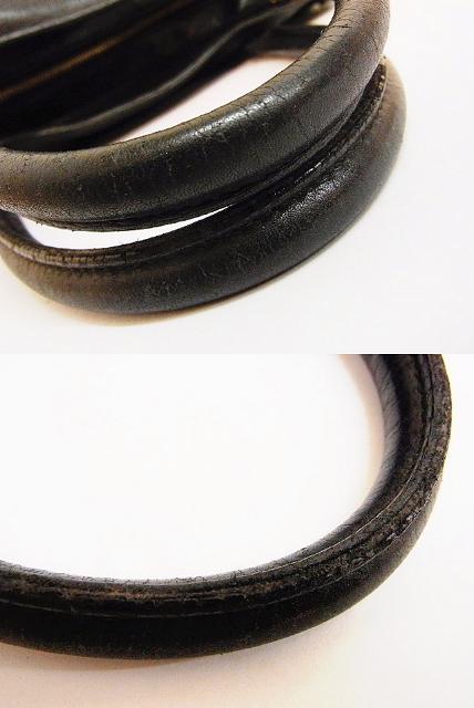フェラガモ ガンチーニ金具 レザーショルダーバッグ ブラック