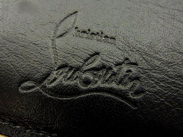 クリスチャンルブタン スタッズ付き レザーカードケース 黒